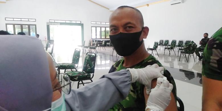 Anggota dan PNS Kodim 0602/Serang Serentak Divaksin Covid-19